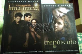 Vendo libros Crepúsculo y Luna Nueva
