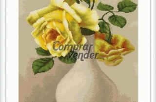 B508 Yellow roses in vase