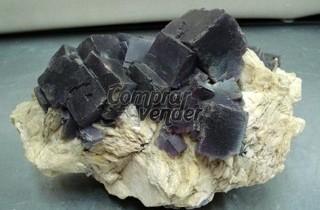 Pieza extraordinaria de museo cristales la fluorita