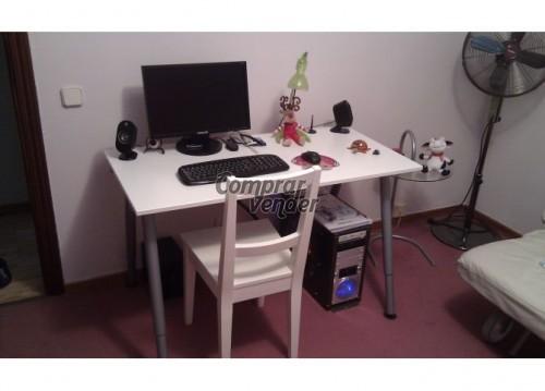Mesa de ordenador u oficina de ikea en madrid for Oficinas ikea madrid